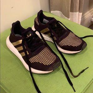 Adidas Swift Run shoes
